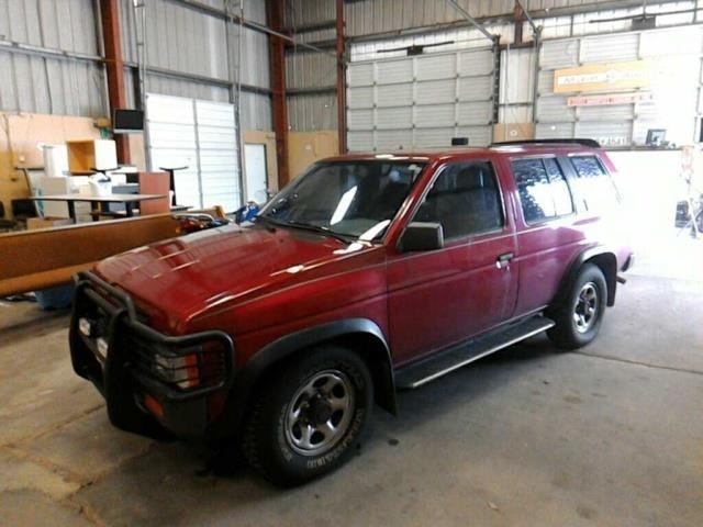 1995 nissan pathfinder le red 99 953 main auction corp online auctions