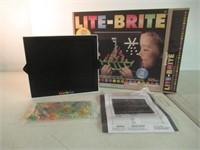 Lite-Brite, 214 Pieces
