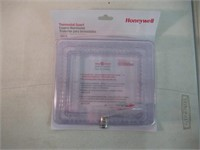 Honeywell CG511A1000/C Medium Thermostat Guard