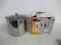 """""""As Is"""" ExcelSteel 551 Stainless Steel Stockpot"""