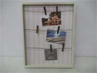 Gallery Solutions 16X20 Whitewash Pallet Frame