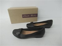 Clarks Women's 7 Cushion Slip On Dress Shoes -
