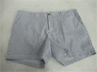 Amazon Essentials Size 14 Shorts , Striped