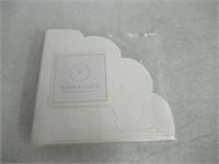 Sugar & Cloth Round Scallop Paper Napkins, White