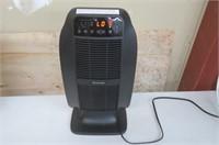 Honeywell (HCE845BC) HeatGenius Ceramic Heater