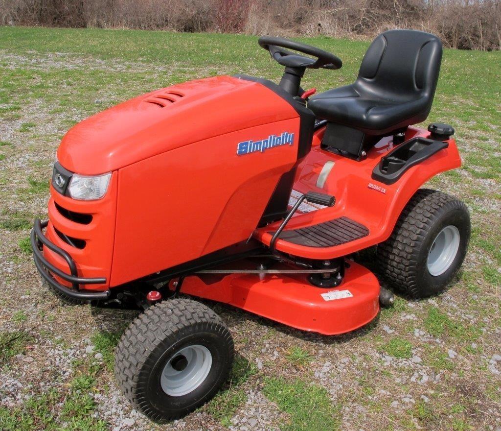 Simplicity Regent EX 22 hp riding lawnmower, 38