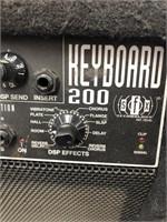 Fender keyboard 200 amp
