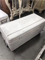 Igloo ice chest