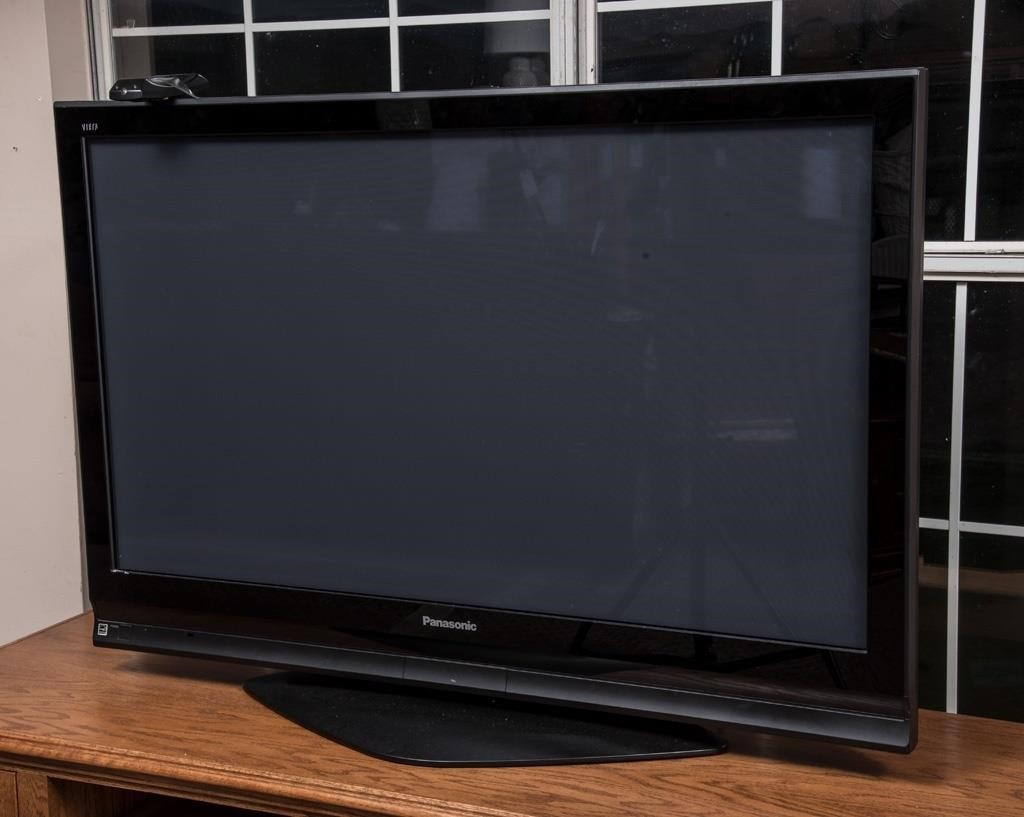 Panasonic 50 Quot Flat Screen Tv 2007 The K And B Auction
