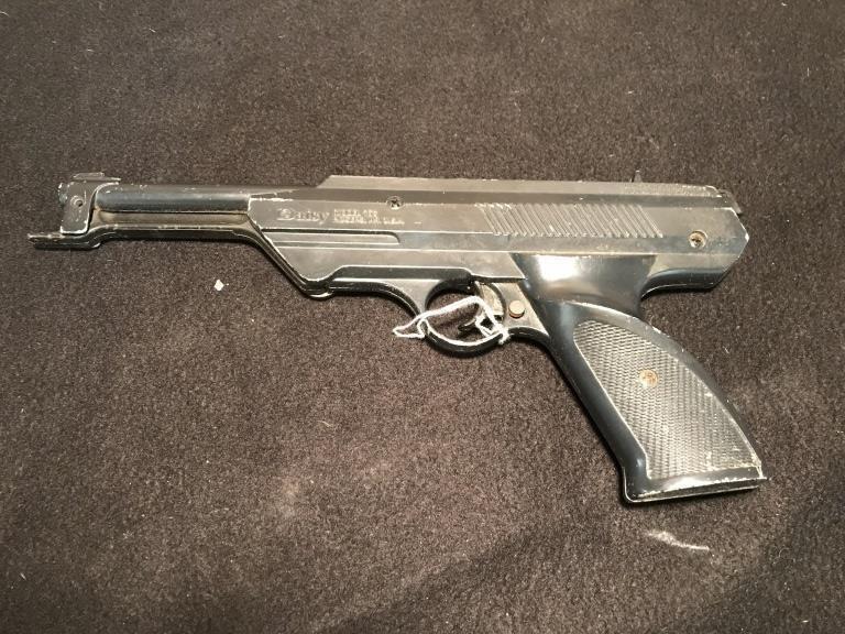 Pellet gun toy