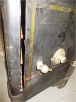 Safe - Antique Mosler Safe - Circa Late 1800s   BidCal, Inc
