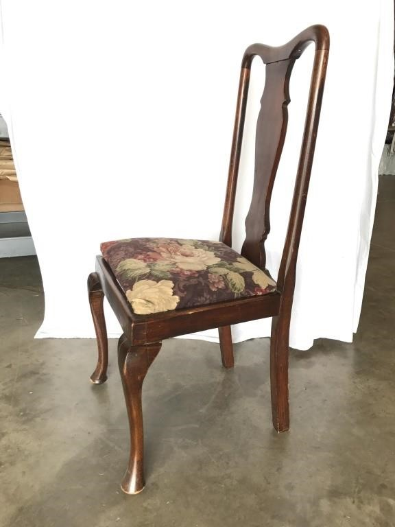 Queen Anne Fiddle Back Chair