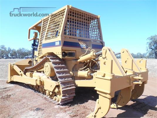 1998 Caterpillar D8R Truckworld