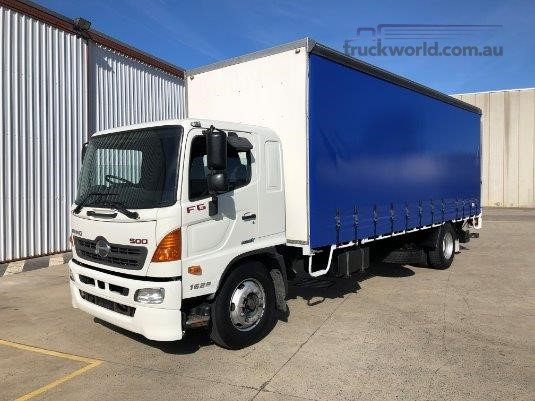 2013 Hino FG1628 Trucks for Sale