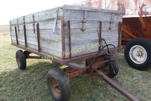 Wagon With Hoist On Running Gear With Wooden Box Meyer Auction Service