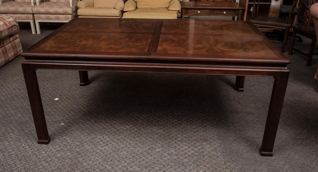 Henredon Dining Room Table | The K and B Auction Company