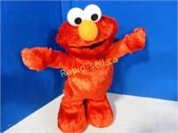 Dancing Elmo