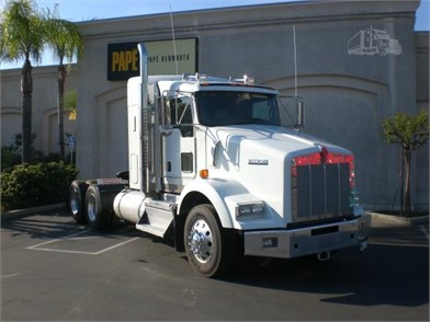 KENWORTH T800 Conventional Trucks W/ Sleeper For Sale In