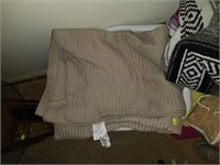 Large lot of Estate Blankets, Throws, Sheets, Etc