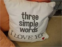 Lot of 4 Decorative Pillows