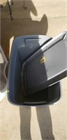 Estate lot of a trashcan, tote, and mat