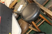 Lot of Stools & Stool Top,Some are Torn