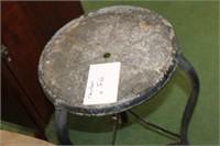 Metal Clawfoot Table,14 x 28 tall