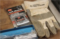 Imact Driver,Tape Measure,Gloves