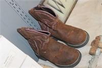 Pair of Justin Kids Boots, Sz 6B