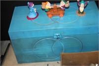 Wooden Box & Dwarves