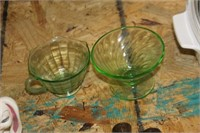 2 Pieces of Green Depression Glass