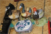 3 Royal Crown Geese,Duck Figures &Ring Box