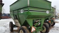 J&M 350 Gravity Box & Matching J&M Wagon