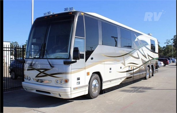 PREVOST H3-45 Class A Motorhomes For Sale - 3 Listings