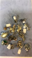10+ Brooches and Pins