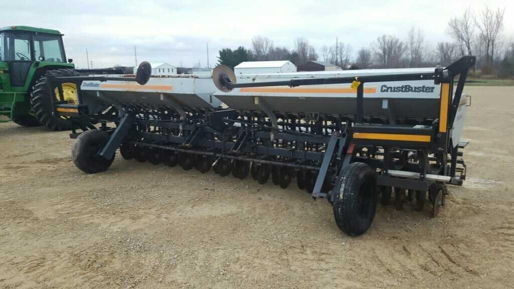 Crustbuster 3800 20' Grain Drill | Wisconsin Tractor