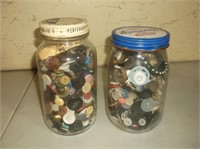 2 Jars of Buttons