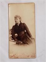 Victorian Woman Strauss Cabinet Card Photograph