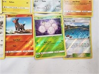 (50+) Pokemon Cards With Rare And Foils