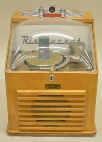 Vintage RISTAUCRAT Table Top Coin Op Jukebox | Kraft Auction