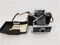 450 Automatic Polaroid Land Camera And Case