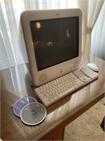 Original Emac Apple Desktop Computer