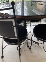 Caf_ Style Dining Table with 4 Chairs