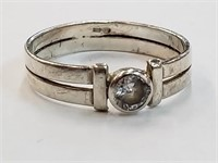 .925 Sterling Silver Ring w/ Stone Size 6.5