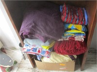 Blankets, Throws, Towels