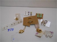 Advertisement and Collectibles Online Auction