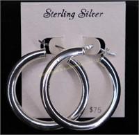 NEW.STERLING SILVER HOOP EARRINGS