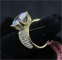 GOLD TONE SOLITAIRE FASHION RING SZ.6