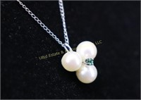 EMERALD AND PEARL STERLING SILVER NECKLACE