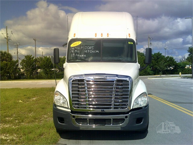 2012 FREIGHTLINER CASCADIA 125 For Sale In Miami, Florida